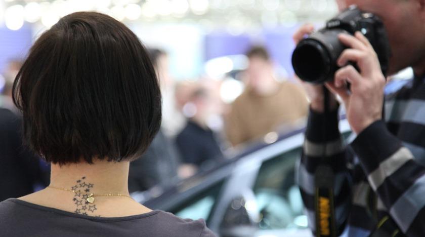 Stars | Salon de l'auto de #Genève 2011 vu de dos « i am a ...
